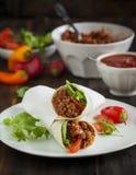 Burritos wypełniający z mięsem i warzywami Obrazy Royalty Free