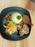 Burro del pollo con riso fritto Fotografie Stock Libere da Diritti
