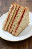 Burro di arachide & sandwich della gelatina fotografie stock libere da diritti