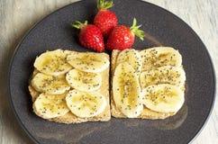 Burro di arachide e panino della banana Fotografia Stock Libera da Diritti