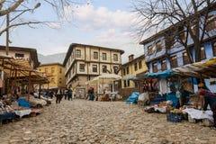 BURSA, DIE TÜRKEI - 24. JANUAR 2015: Mitte von 700 des alten Osmanejahren Dorfs Cumalikizik Die historische Beschaffenheit des Do Lizenzfreie Stockbilder