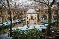 Bursa, Turchia - 23 marzo 2015: Koza Han Silk Bazaar fotografie stock libere da diritti