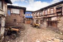 BURSA TURCJA, STYCZEŃ, - 26, 2015: uliczny widok 700 lat otomanu wioska Wioska akceptująca jako Unesco światowe dziedzictwo Obraz Stock