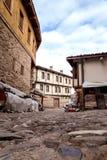 BURSA TURCJA, STYCZEŃ, - 26, 2015: wąski uliczny widok 700 lat otomanu wioska Dziejowa tekstura wioska Obraz Stock