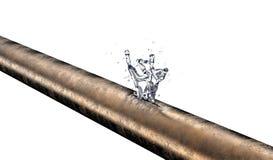 Bursted铜管子用泄漏的水 免版税库存图片