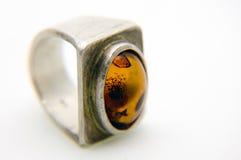 bursztynu pierścionek Obrazy Royalty Free
