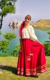 Buryats w obywatel sukni, etniczny wakacje miejscowy zaludnia Baikal fotografia stock