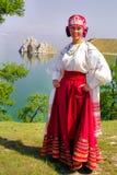 Buryats w obywatel sukni, etniczny wakacje miejscowy zaludnia Baikal obrazy stock
