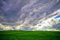 Burz chmury i pole banatka Obrazy Stock