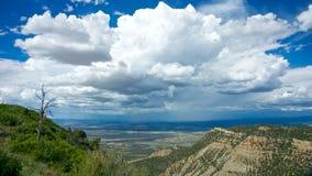 Burz chmury w odległości Zdjęcie Royalty Free