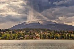 Burza przy jeziorem Fotografia Royalty Free