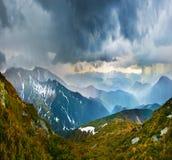 Burza w górach zdjęcia royalty free