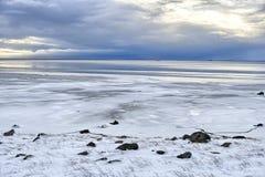 Burza warzy nad oceanem, Iceland Obraz Royalty Free