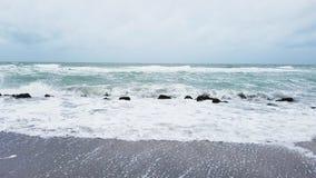 burzliwe na plaży Fotografia Royalty Free