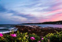 Burzowy lato zmierzchu niebo nad Długą zatoczką w Bristol, Maine Zdjęcie Royalty Free