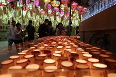 Busán, Corea 4 de mayo de 2017: Velas del rezo del templo de Samgwangsa Imágenes de archivo libres de regalías