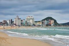 Busán, Corea - 19 de septiembre de 2015: Playa de Songjeong Fotos de archivo libres de regalías