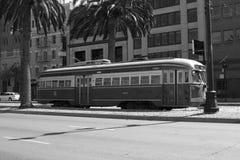 Bus électrique Photographie stock libre de droits