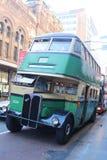 Bus auf der George-Straße Stockbild