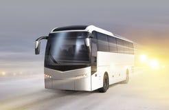 Bus auf Eisstraße im Blizzard Stockfotografie
