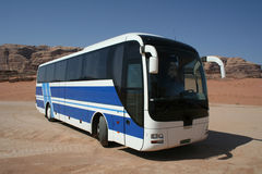 Bus bleu images stock