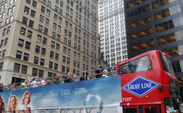 Bus de rouge de course de New York Photo stock
