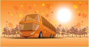 Bus de sourire sur la scène d'automne Image libre de droits