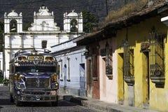 Bus del pollo dell'Antigua Fotografia Stock Libera da Diritti