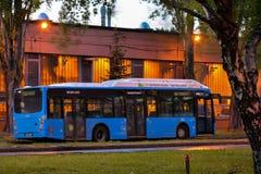 Bus della città di Budapest in garage centrale Fotografie Stock Libere da Diritti