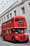 Bus di colore rosso di Londra Fotografia Stock