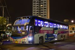 Bus di Volvo della società di governo di trasporto Itinerario di bus dei 15 tester Fotografia Stock