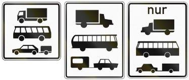 Bus e rimorchi dei camion in Germania illustrazione vettoriale