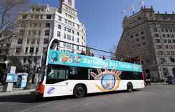 Bus facente un giro turistico a Barcellona, Spagna Fotografia Stock