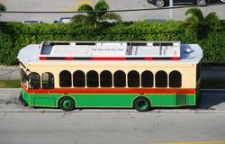 Bus guidé actionné par le biodiesel Images stock