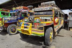 Bus Mindanao Philippines de long-courrier photo libre de droits