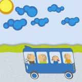 Bus mit Fluggästen Lizenzfreie Stockbilder