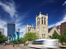 Bus mobile sur la rue de mail de Nicollet à Minneapolis Photographie stock libre de droits