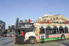 Bus op de stadsstraat van Ottawa in Ottawa Royalty-vrije Stock Afbeelding
