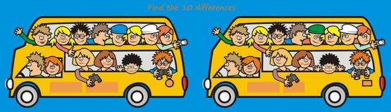 Bus-ritrovamento giallo le 10 differenze Fotografie Stock