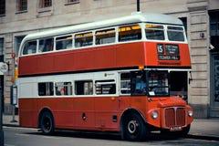 Bus rosso d'annata Fotografia Stock Libera da Diritti