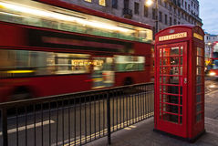 Bus and telephone box, London Royalty Free Stock Photography