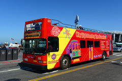 Bus turístico en San Francisco, California Fotos de archivo