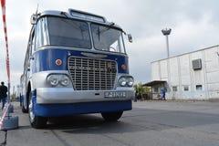 Bus 2 van nostalgieikarus Royalty-vrije Stock Fotografie