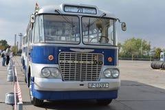 Bus 3 van nostalgieikarus Stock Afbeelding