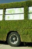 Bus vert Photos libres de droits