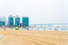 Busan, Coreia do Sul - 11 de julho: Praia uma de Gwangan do b popular Fotos de Stock Royalty Free