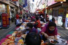 Busan, 2 Korea-Mei, 2017: Openluchtsnackmarkt royalty-vrije stock foto's