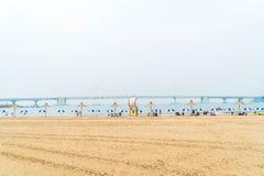 Busan Sydkorea - Juli 11: Gwangan strand en av det populära bet Royaltyfria Foton