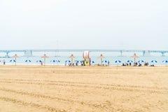 Busan Sydkorea - Juli 11: Gwangan strand en av det populära bet Royaltyfria Bilder