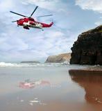 Busca aero-marítima da costa do salvamento Fotos de Stock Royalty Free